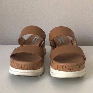 """Steve Madden """"Blaine"""" Sandal. Size 7.5"""